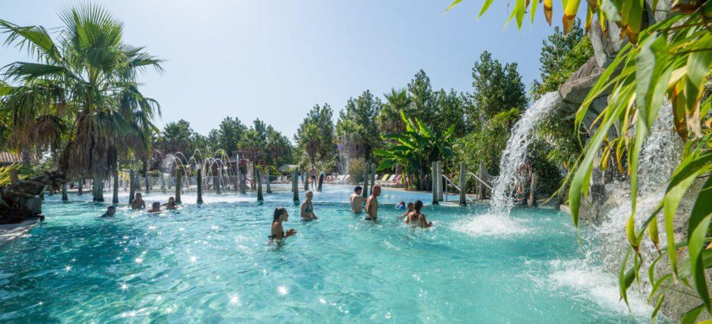 camping-avec-piscine-chauffee-cascades-biarritz-bidart-bg-home-min