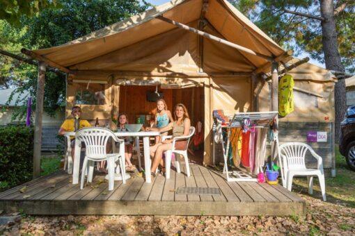 lodge au camping oyam à Bidart