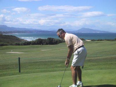 golfeur à ilbarritz proche du camping oyam