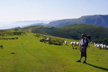 randonnée au pays basque avec le camping oyam