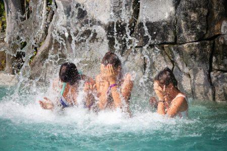 cascade-piscine-camping-bidart-oyam