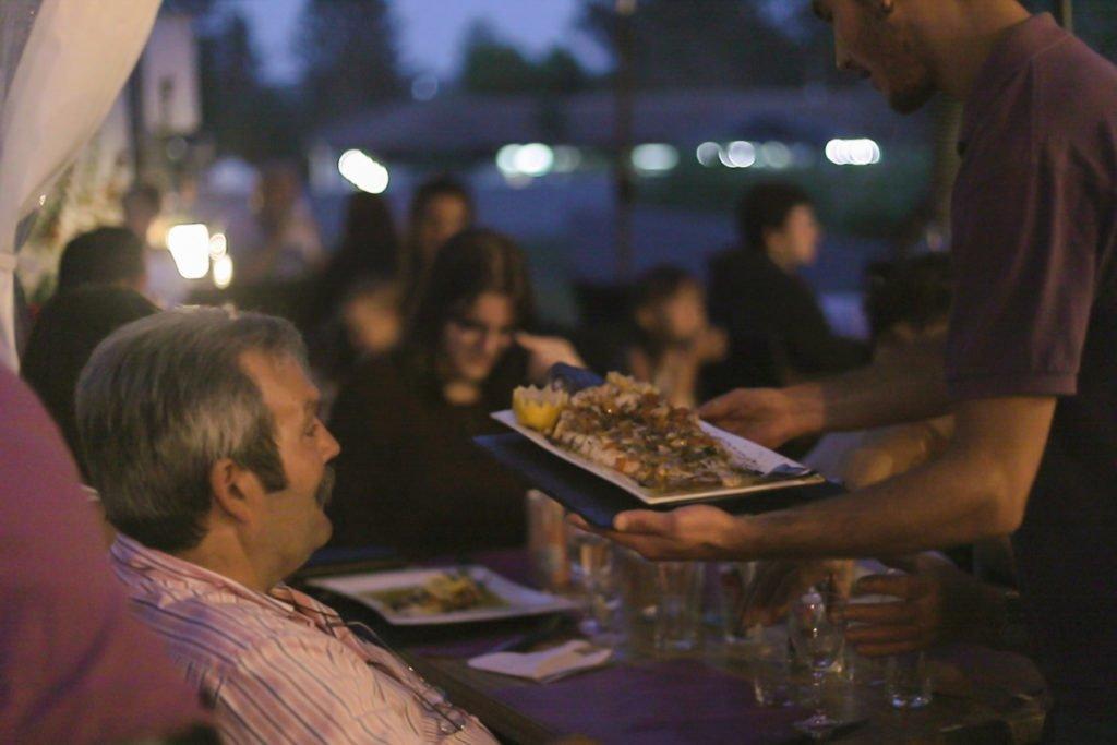 soirée avec repas à thème au camping oyam